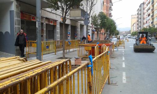 Una imagen de las obras que se están realizando en la calle de Miquel Biada. Foto: Aguas de Mataró