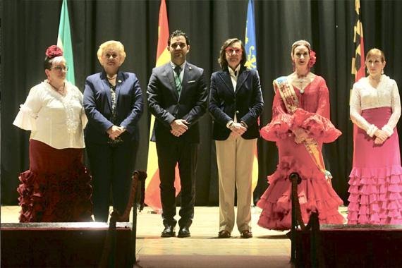 Cientos de andaluces reciben un homenaje del Municipio de Paterna