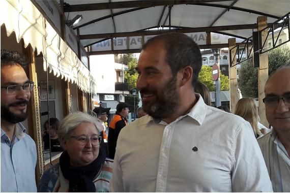 El regidor Carles Martí al mercat